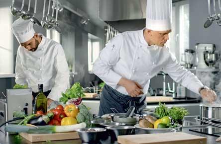 Articolele de servire și de bucătărie de calitate înseamnă și clienți mulțumiți și fericiț