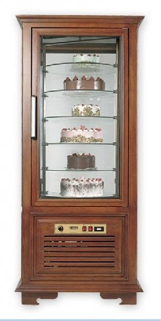 Vitrină frigorifică verticală de cofetărie și patiserie UPD 1 A RESIGILAT