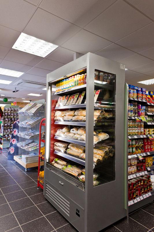https://tcromania.com/echipamente-frigorifice/rafturi-frigorifice/rafturi-frigorifice-cu-agregat-incorporat/rafturi-frigorifice-cu-agregat-intern/raft-frigorific-varna-r-1-110-80/